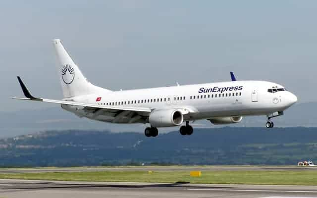 Boeing 737 800 - Price, Specs, Cost, Photos, Interior