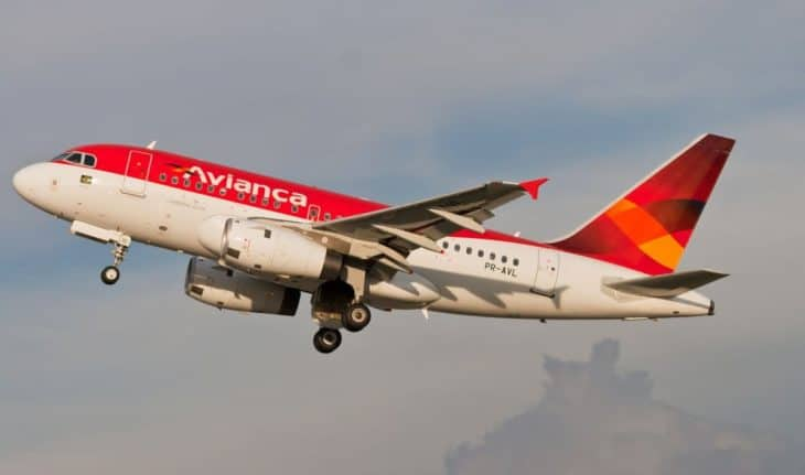 Airbus A318 Take-off Avianca