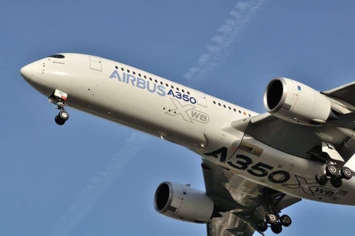 Airbus A350-900 - Belly View