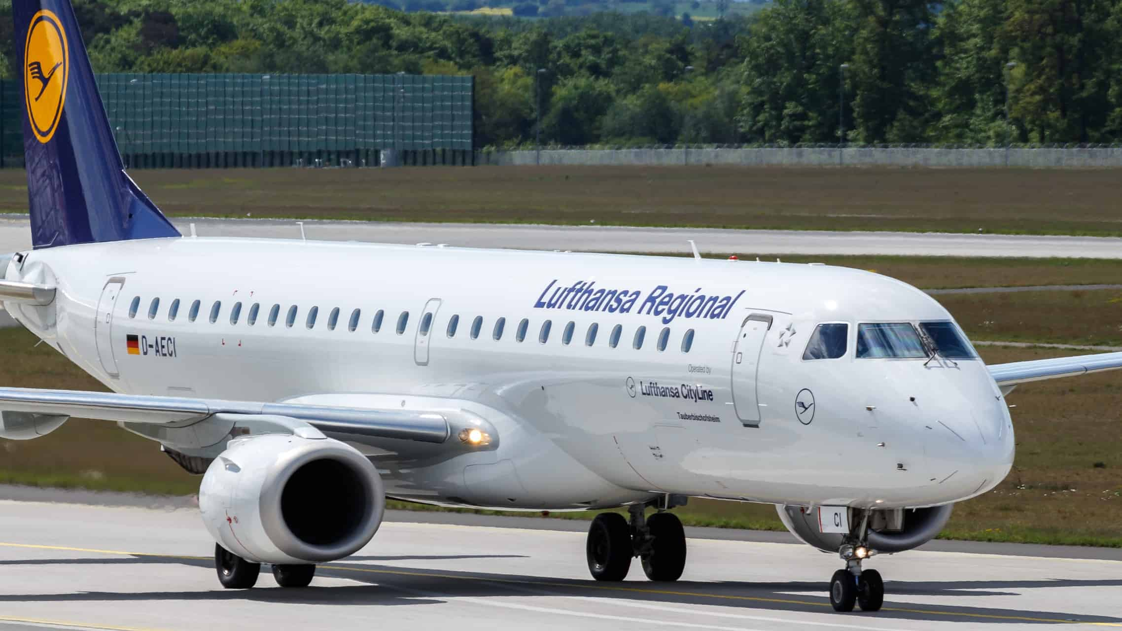 Embraer 190 - Price, Specs, Cost, Photos, Interior, Seating