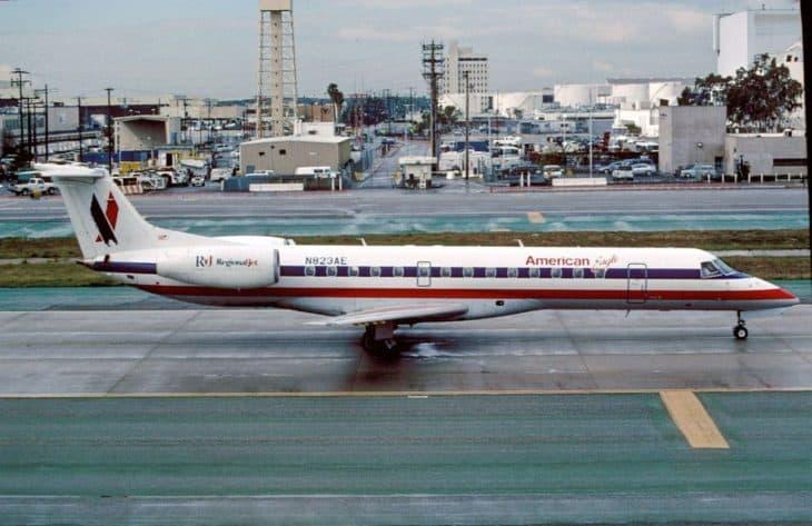 Embraer ERJ-140 American Eagle at LAX
