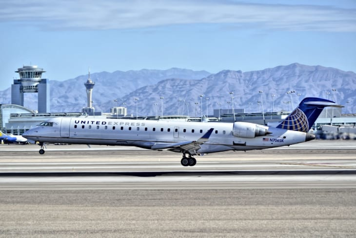 United Express SkyWest Airlines Canadair CL 600 2C10 Regional Jet CRJ 700
