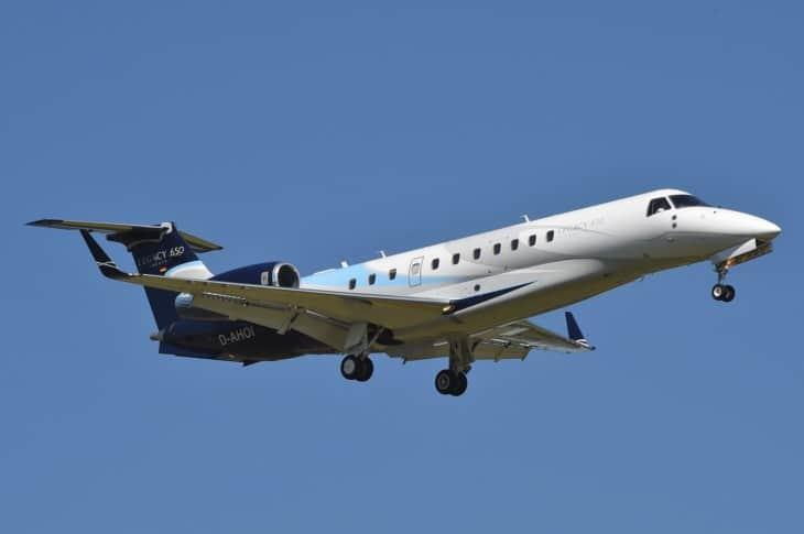 Embraer Legacy 650 airborne