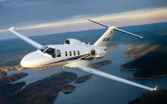 Textron Lineup at EAA Airventure 2016 - - Aircraft Compare