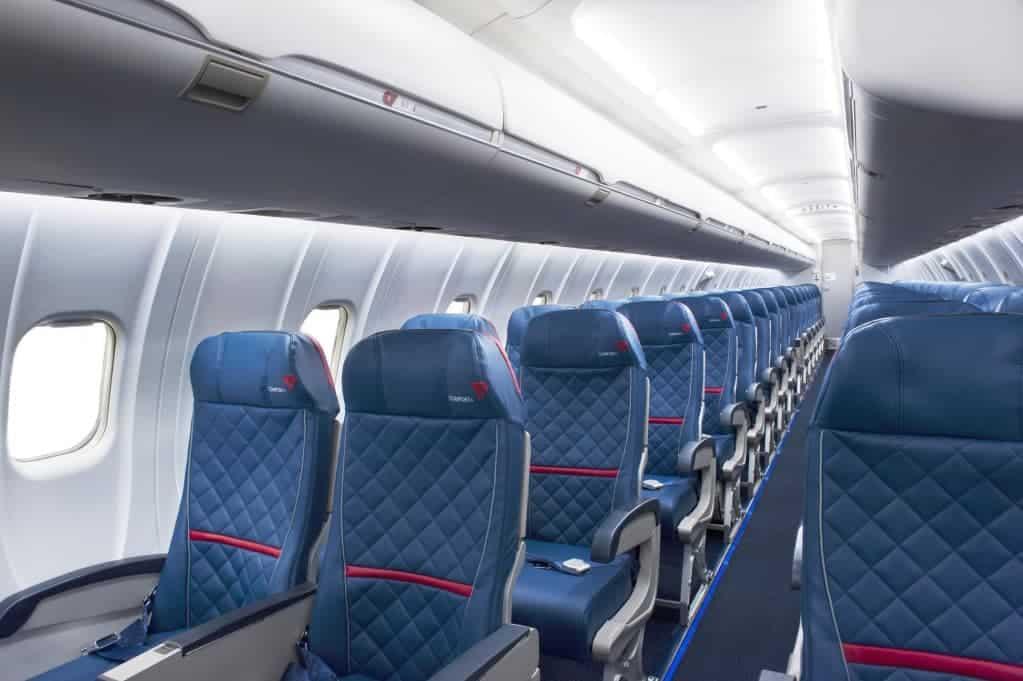 delta crj-900 interior