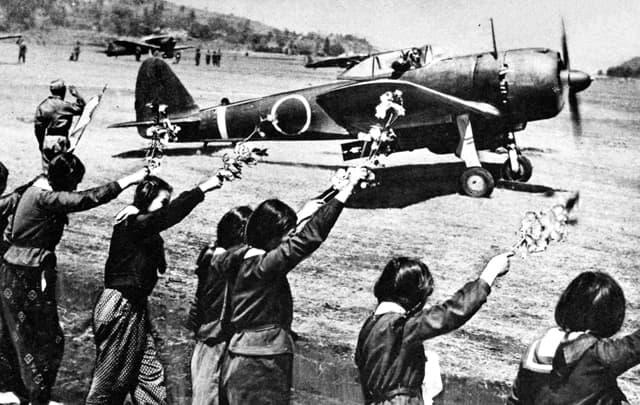 Nakajima Ki-43 Takeoff with 250Kg Bomb
