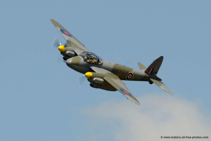 de Havilland DH.98 Mosquito replica
