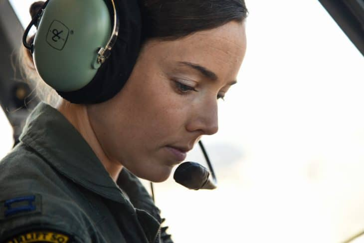 pilot-aviation-headset-women