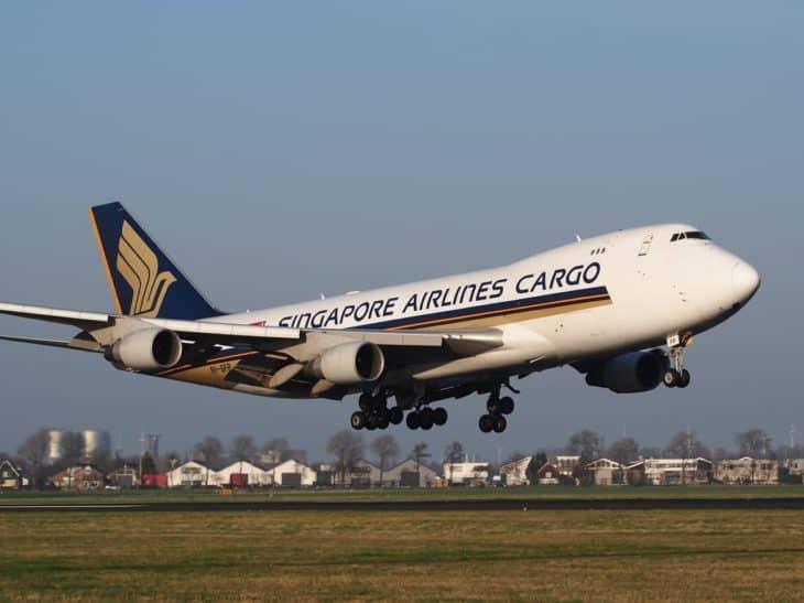 Boeing 747 Singapore airlines cargo