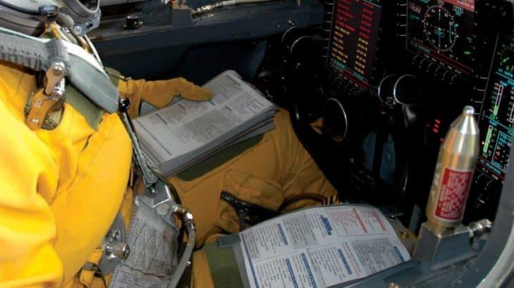 Double-kneeboards-in-cockpit