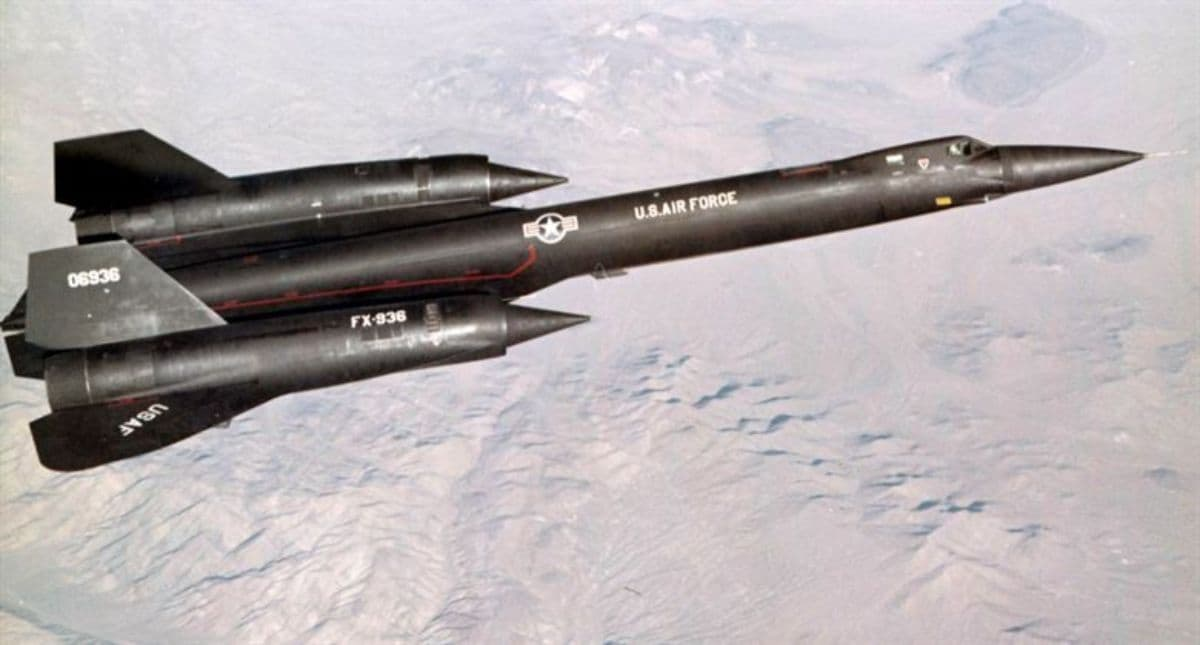 The Top 10 Fastest Fighter Jets in The World - Aircraft Compare