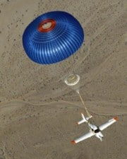 Do Airplanes Have Parachutes For Passengers? Which Do and Which Don't?
