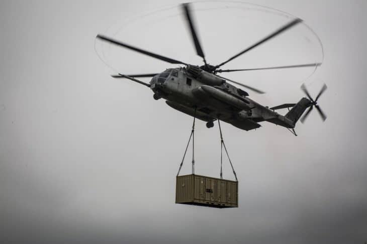 CH-53E lifting shipping containerjpg