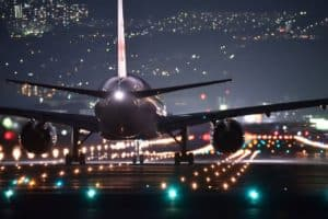 Do Airplanes Have Headlights or Landing Lights & What Kind Of Light Bulb Are They?