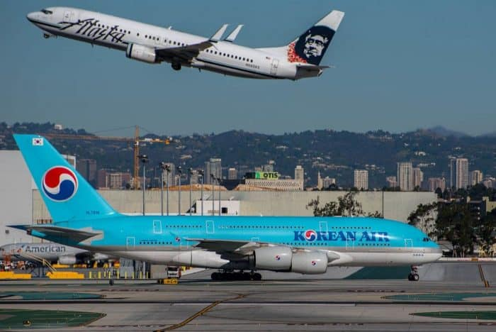 Alaska Airlines Boeing 737 and Korean Air Airbus A380 at LAX