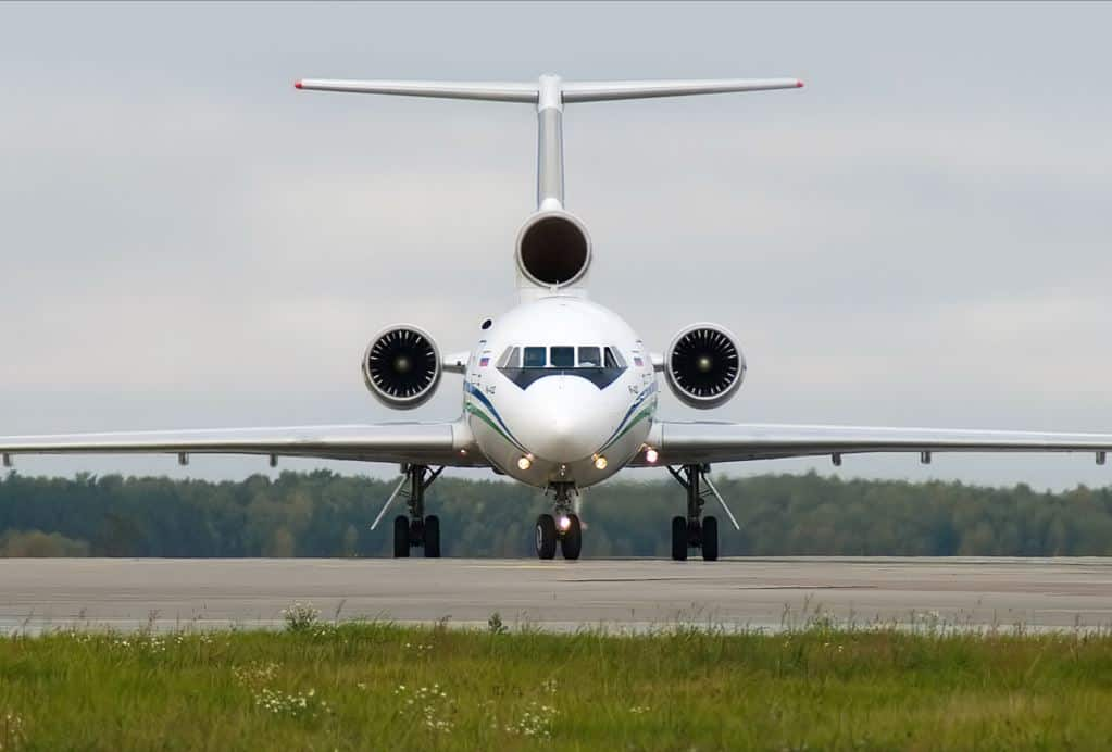 Yakovlev Yak-142