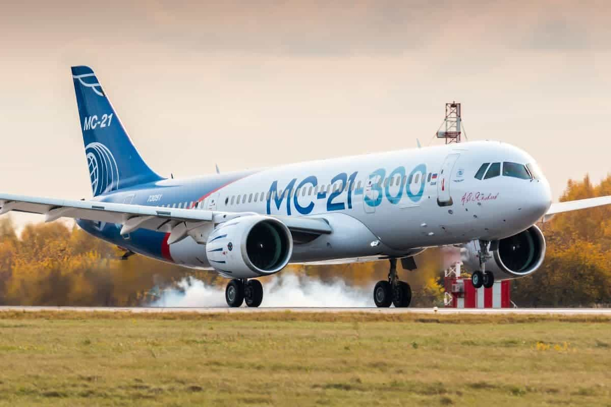 A Look at the Top 10 Newest Commercial Airplanes in the Sky