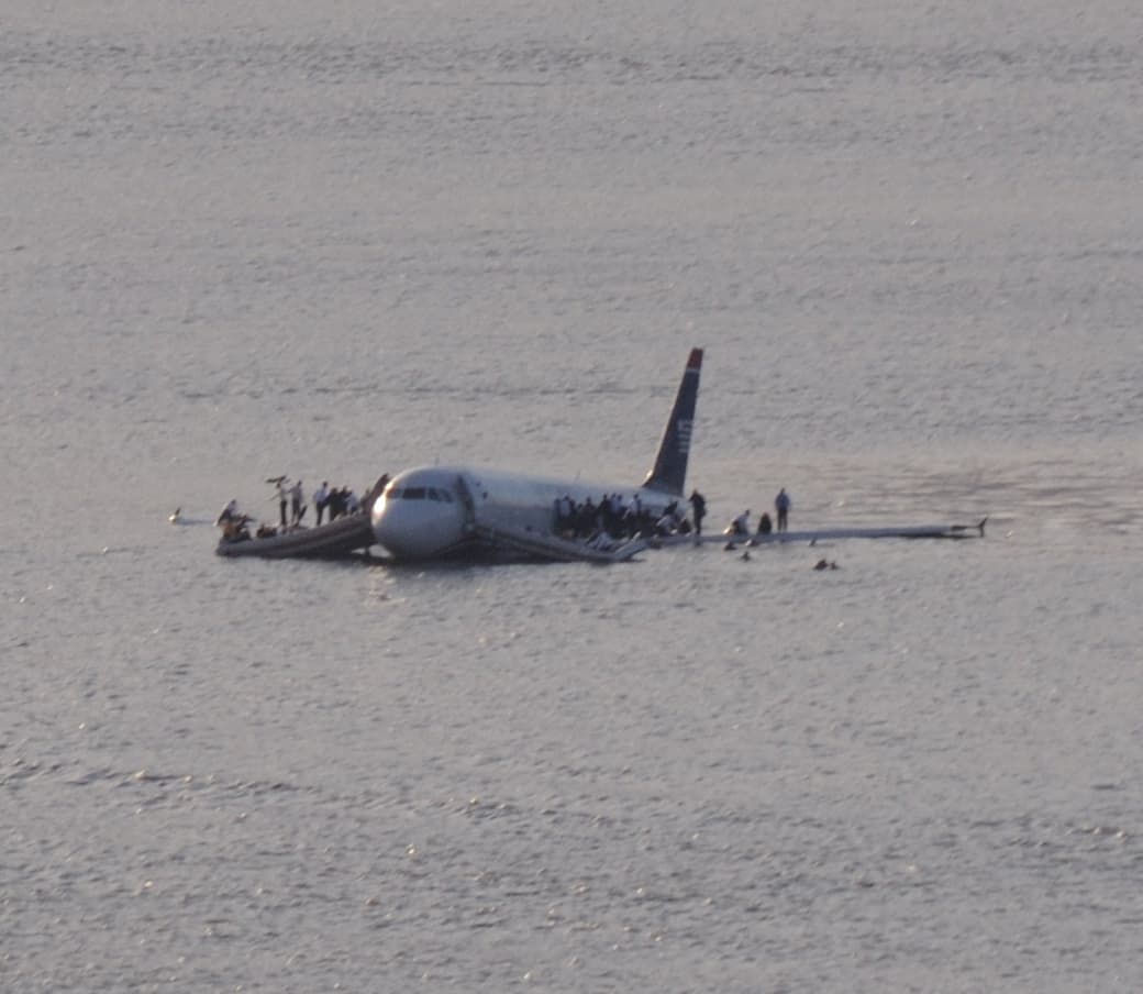 Do Airplanes Float on Water?