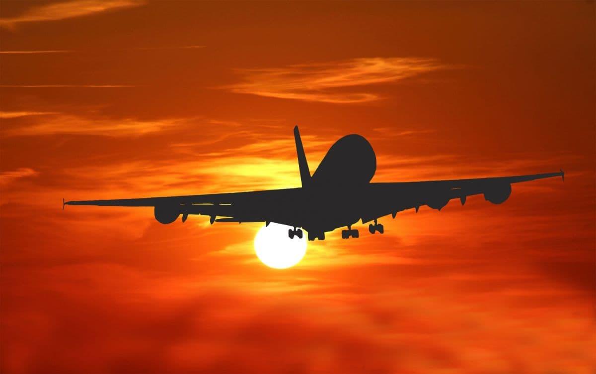 www.aircraftcompare.com/wp-content/uploads/2019...
