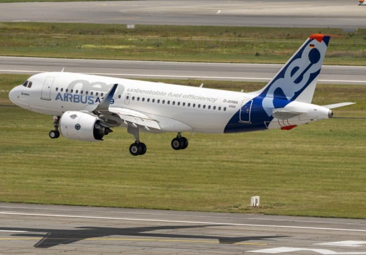 Airbus A319neo 50th years anniversary formation flight landing