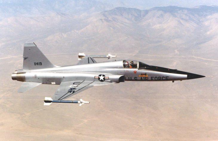 Northrop F 5