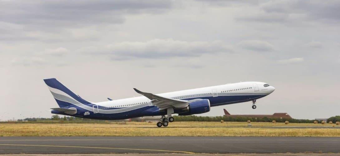 A330 900 Hi Fly take off
