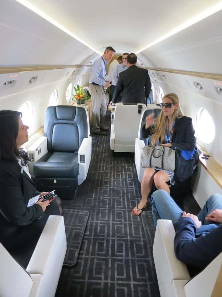 Interior of Gulfstream G550 cabin