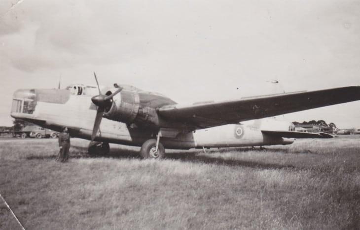 Vickers Wellington NC660