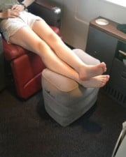 Do Airlines Allow Inflatable or Hammock Footrests