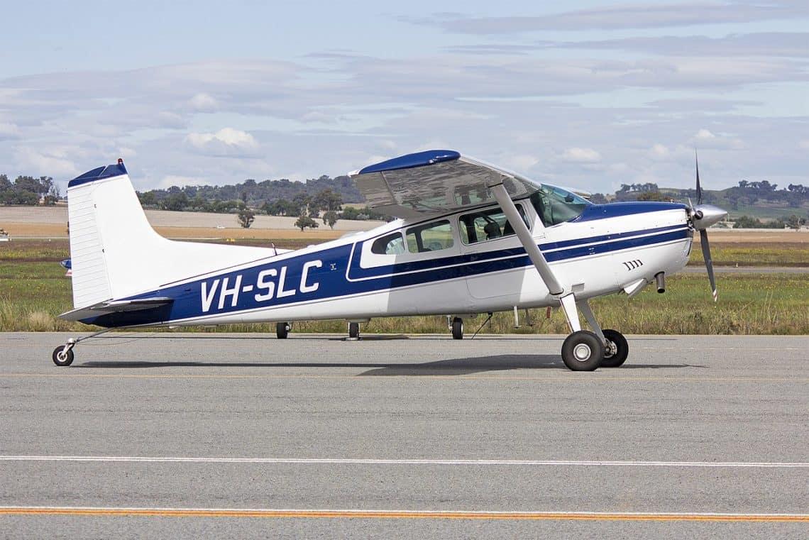 Cessna A185F Skywagon taxiing at Wagga Wagga Airport