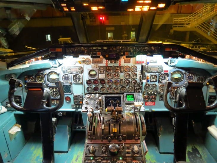 Cockpit of Delta Air Lines McDonnell Douglas DC 9 50