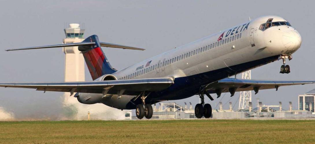 Delta Airlines McDonnell Douglas MD 88
