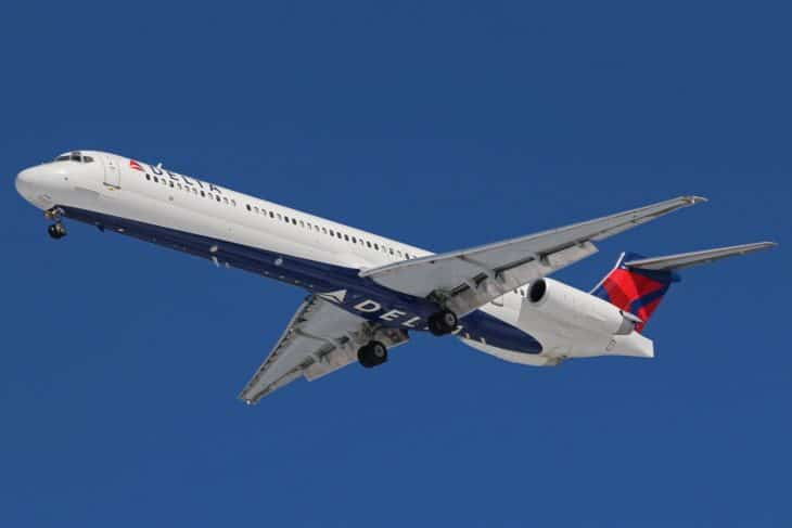 Delta McDonnell Douglas MD 88 at KCLE
