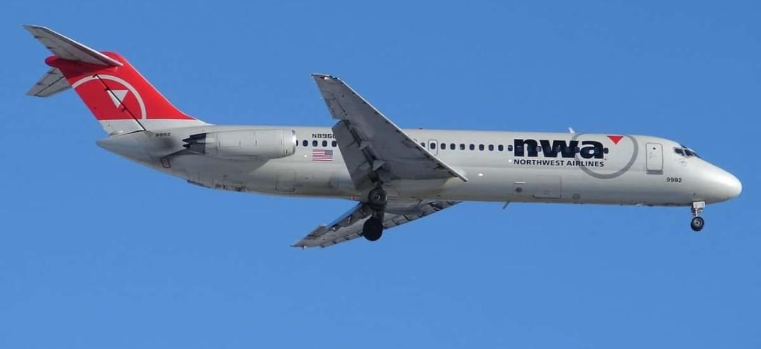 Northwest Airlines DC 9 30