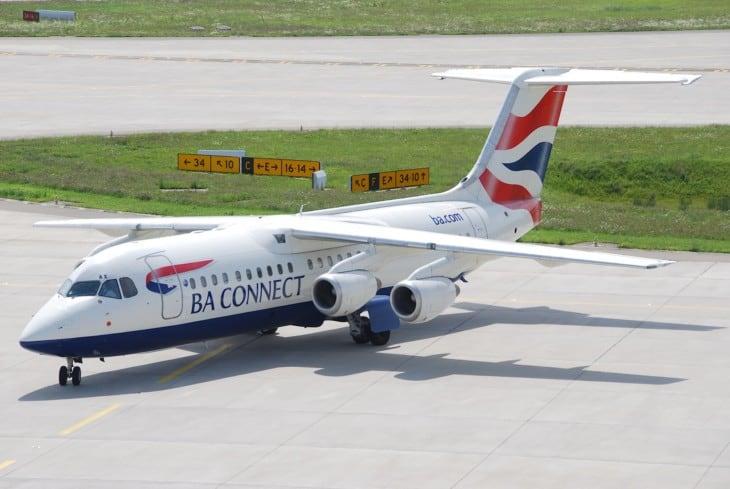 BA Cnnect Avro RJ 100