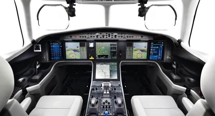 Dassault Falcon 6X cockpit flight deck