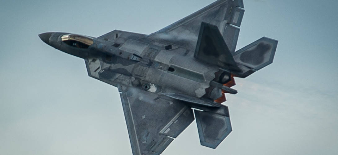 F 22 Raptor takes off