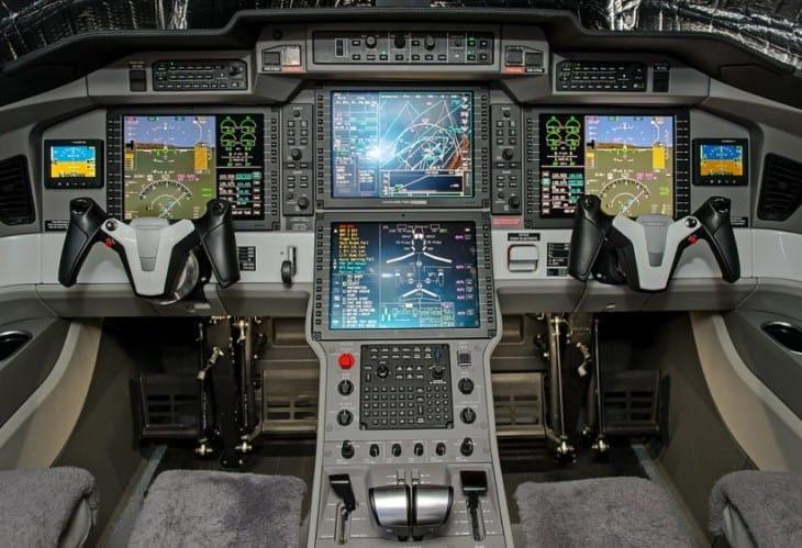 HB VSA Pilatus PC 24 Cockpit