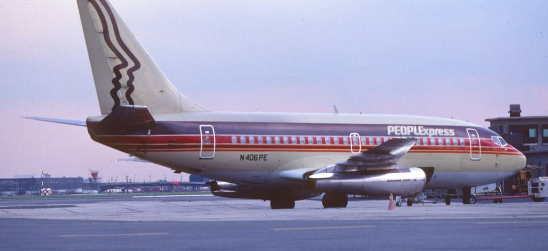 People Express Boeing 737 100