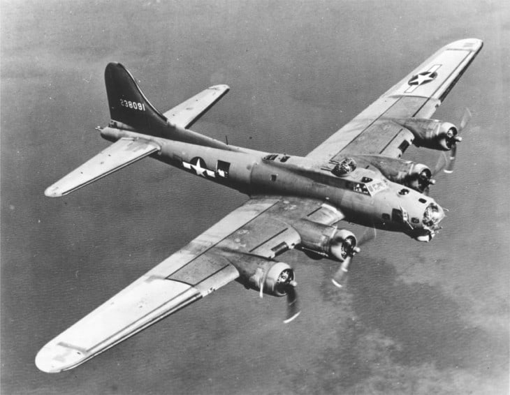 Boeing B 17 Flying Fortress on bomb run