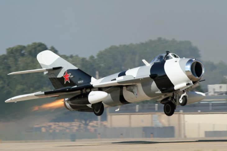 Mig 17 take off 1