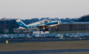 G ATOM Piper Cherokee PA 28 Take off