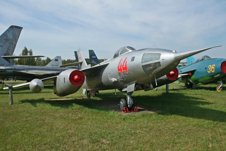 Yakolev Yak 28L 44 red