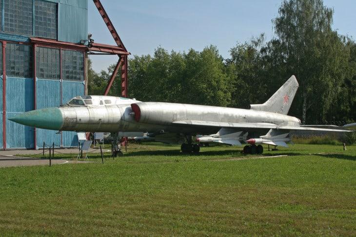 Tupolev Tu 128 '0 red.