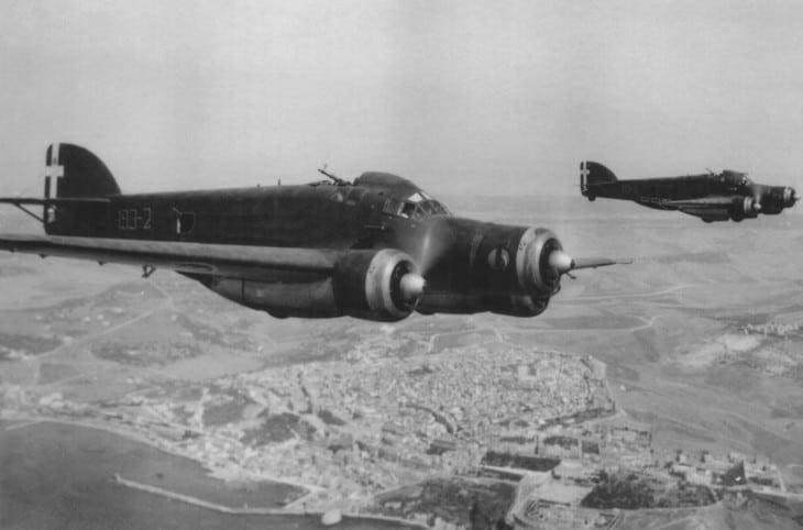 2 Savoia Marchetti S.M.79 of the 193a Squadriglia Bombardamento Terrestre