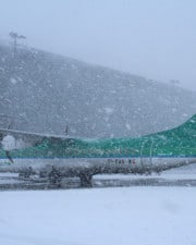 Do Planes Take Off in Snow?