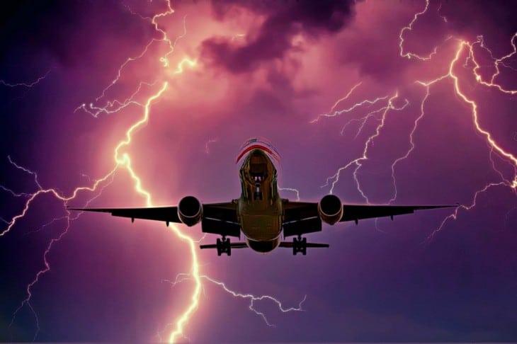 American airliner landing lightning strike