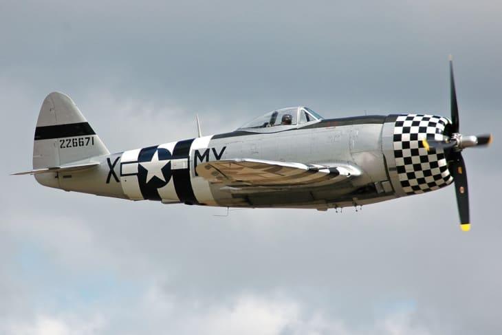 Republic P 47D 40 RA Thunderbolt