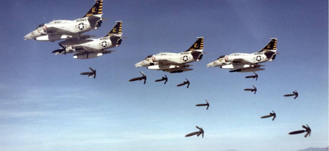 A 4M Skyhawks drop bombs