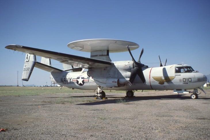 Grumman E 2B Hawkeye